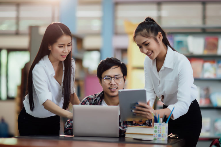 Membangun Lingkungan Belajar Sosial di SharePoint