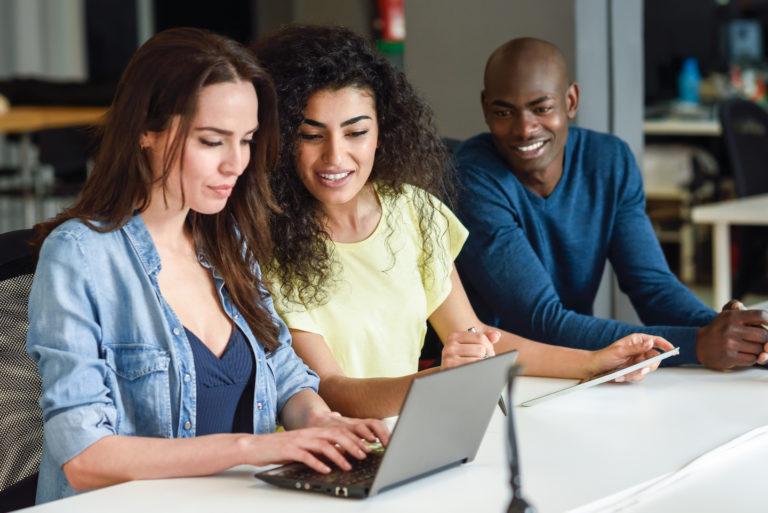 Melibatkan Populasi Pembelajaran di Perusahaan